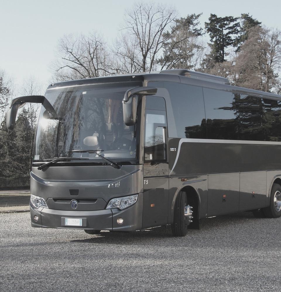 Bus GT 28/36 posti NCC Milano Malpensa ICare Limo