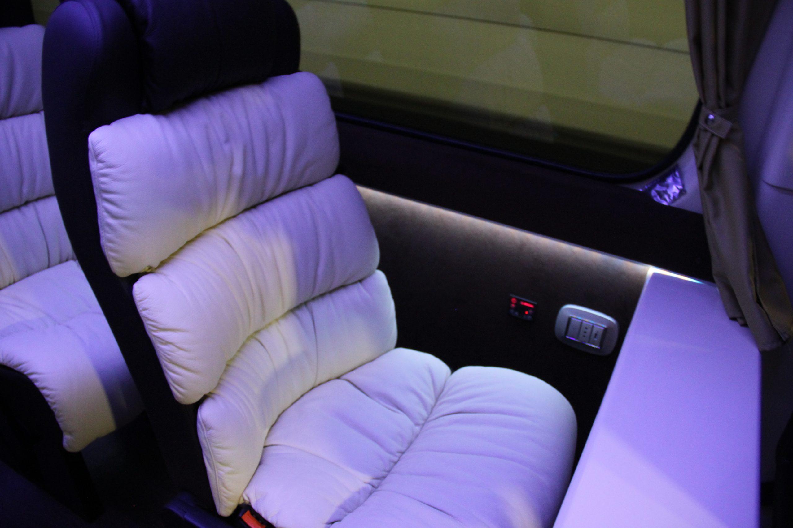 NCC Minibus Mercedes Sprinter 8 posti extraluxury