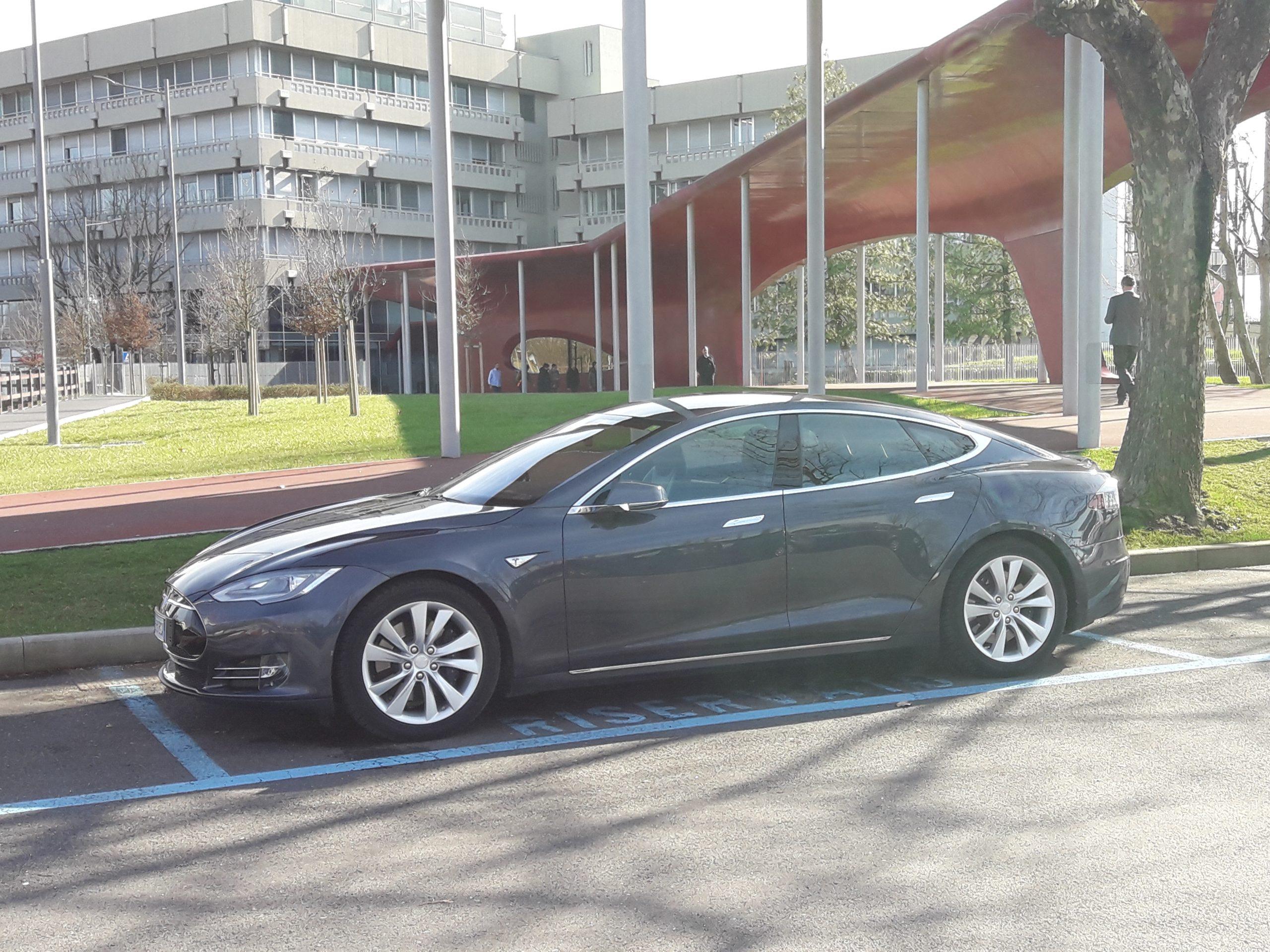 Ncc Tesla Model S